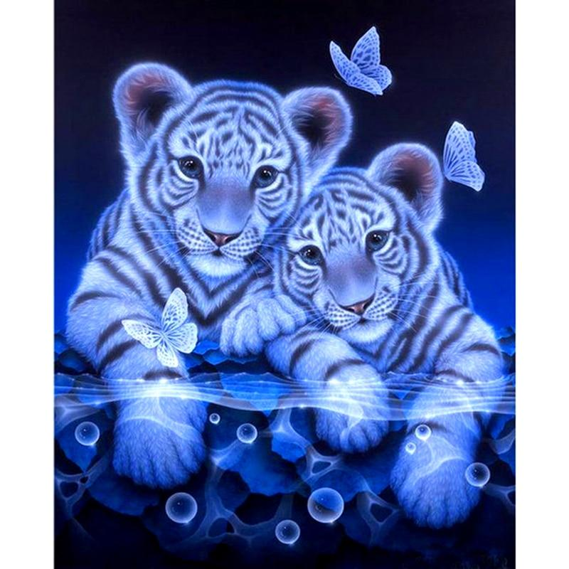 Sweet White Tigers D...